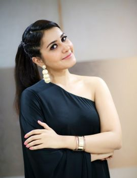 Actress Raashi Khanna Hot in Black Dress