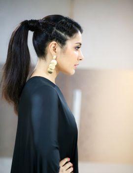 Actress Raashi Khanna Hot in Black Dress