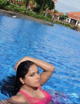 Rachana Maurya Hot Bikini Pics From Jagathjentri Movie