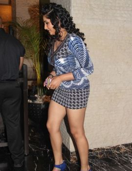 Ragini Dwivedi at SIIMA Awards Function