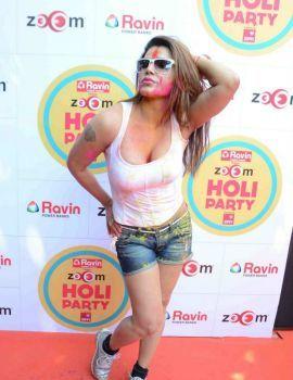 Rakhi Sawant at The zoOm Holi Party 2015 Photos