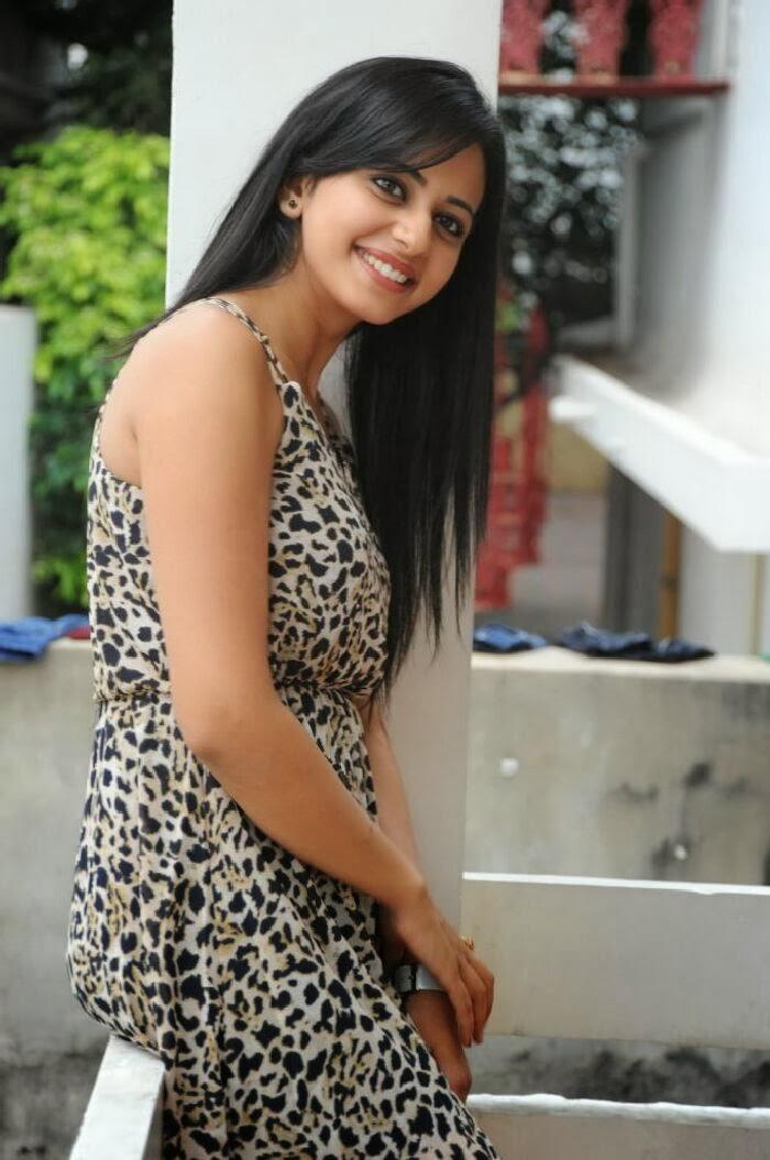 Beautiful Indian Actress Rakul Preet Singh Latest Photoshoot Stills