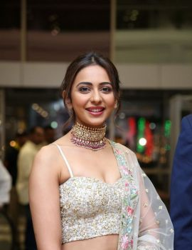 Gorgeous Rakul Preet Singh Stills at Saina Nehwal Wedding Reception
