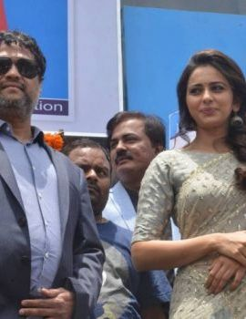 Rakul Preet Singh Stills At BIG C Show Room Launch