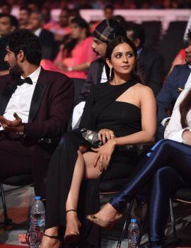 Rakul Preet Singh Stills at SIIMA Awards 2017