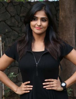 Ramya Nambeesan Photos from Sathya Movie Press Meet
