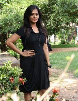 Ramya Nambeesan Photos from Sathya Movie Press Meet