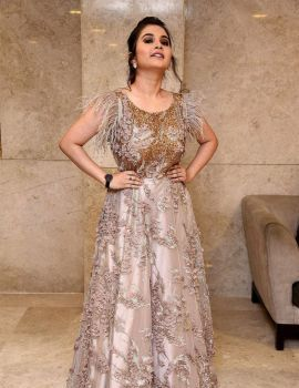 Telugu Actress Ramya Pasupuleti Stills at Hushaaru Movie Pre Release Function