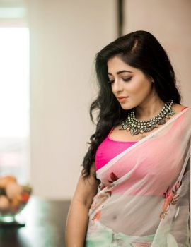 Kollywood Actress Reshma Pasupuleti Stills in Transparent Saree