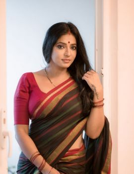 Reshma Pasupuleti Photos in Saree