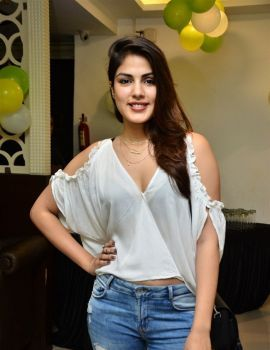 Rhea Chakraborty Photos at Junior Kuppanna Hotel Launch in Rai Durg