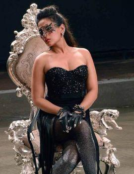 Richa Chadda shoots for Pooja Bhatt's upcoming production 'Cabaret' at Mehboob Studio