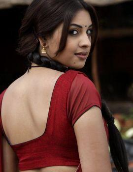 Richa Gangopadhyay Saree Stills from Tamil Movie Osthe