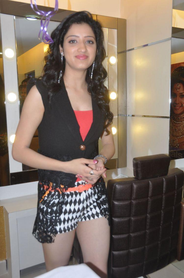 Richa Panai at Naturals Hair & Beauty Salon Launch