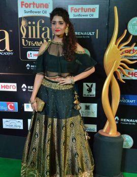 Ritika Singh Stills at IIFA Utsavam Awards 2017