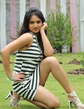 Telugu Actress Ritu Kaur Latest Photoshoot Stills
