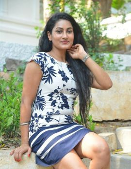 Telugu Actress Saafi Kaur Stills at Pudingi No 1 Movie Launch