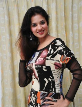 Telugu Actress Saloni Aswani Photo Shoot Stills