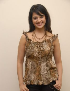 Telugu Actress Saloni Photo Shoot Stills
