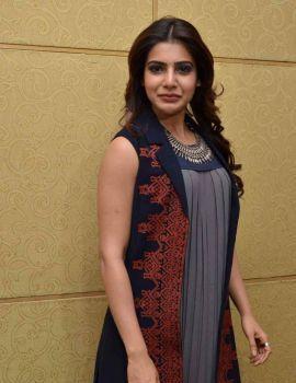 Samantha Photos at Nava Manmadhudu Movie Press Meet