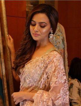 Sana Khan at Festive Preview Pop-Up Fashion Show