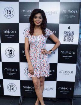 Sanchita Shetty Stills at Mirrors Salon Mobile App Launch Event