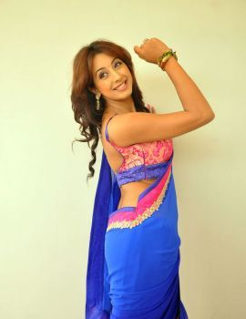 Kannada Actress Sanjana Latest Photoshoot in Saree