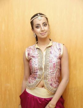 Sanjjanaa Latest Stills at TSR TV9 National Film Awards