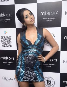 Sanjjanaa Stills at Mirrors Salon Mobile App Launch