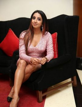 South Indian Actress Sanjjanaa Galrani Latest Pics