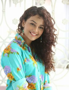 Seerat Kapoor Photos at Run Raja Run Movie Press Meet