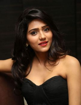 Shalu Chourasiya in Black Gown at O Pilla Nee Valla Audio Launch