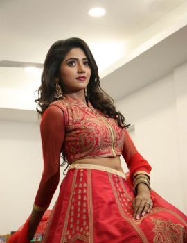 Shalu Chourasiya Stills at En Kadhali Scene Podra Movie Audio Launch