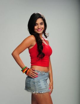 Sheena Shahabadi Hot Photoshoot