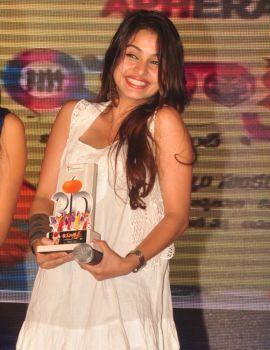 Sheena Shahabadi Stills at Action 3d Platinum Disk Function