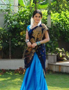 Telugu Actress Sheena Shahabadi Photos in Traditional Blue Saree