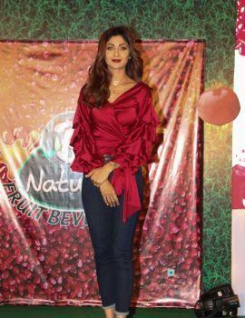 Shilpa Shetty Launches B Natural Juice in Mumbai