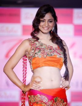 Shilpi Sharma Photos at Trisha Pre-Launch Fashion Show