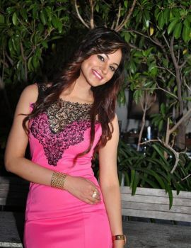 Telugu Heroine Shilpi Sharma Short Pink Dress
