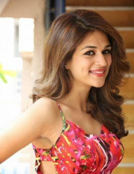 Shraddha Das Stills at Rey Movie Interview