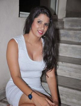 Telugu actress Shravya Reddy Latest Stills
