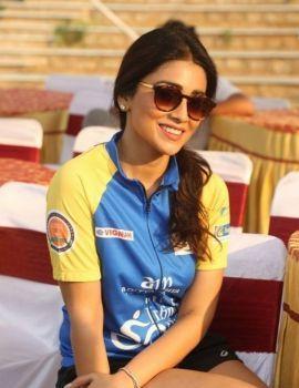 Shriya Saran at Prelude of Infinity Ride 2016
