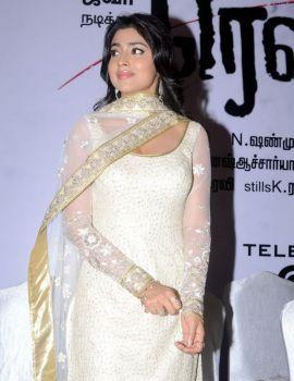 Shriya Saran at Rowthiram Movie Audio Launch