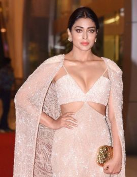Shriya Saran at SIIMA Awards 2017