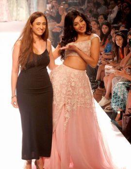 Shruti Haasan On The Ramp at Lakme Fashion Week 2014