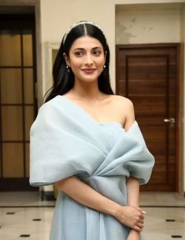 Shruti Haasan Stills at Frozen 2 Movie Press Meet