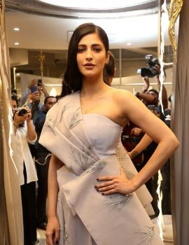 Shruti Haasan Stills at Gaurav Gupta Fashion Store Launch