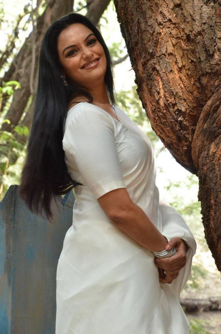 Shweta Menon Stills At She Movie Launch