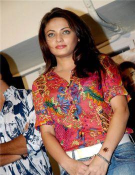 Sneha Ullal Stills at Current Movie Trailer Launch