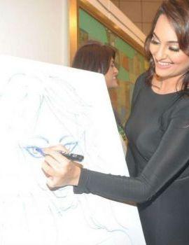 Bollywood Actress Sonakshi Sinha at Neeraj Goswami's art show
